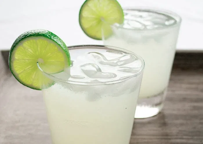 Four Ingredient Skinny Margarita